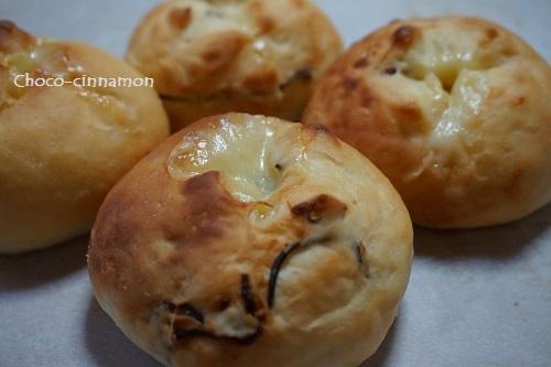 塩こんぶチーズパン.JPG
