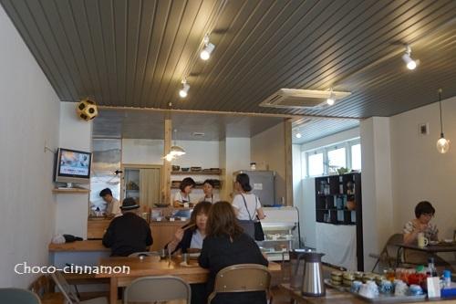 アオゾラ食堂店内A.JPG